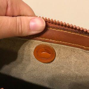Dooney & Bourke Bags - Classic green tan Dooney and Bourke bag